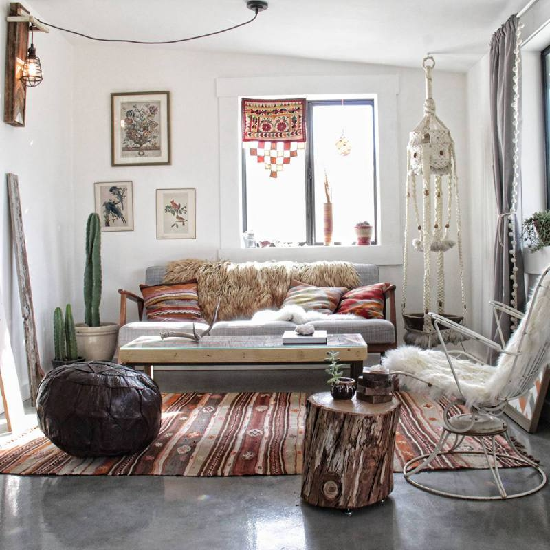 Eclectic bohemian small apartment living room