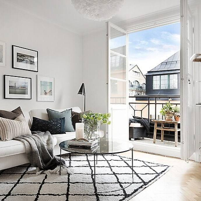 Simple Scandinavian modern apartment living room