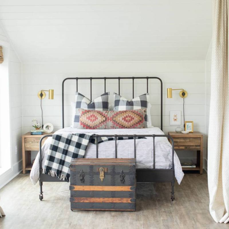 Simple country farmhouse bedroom