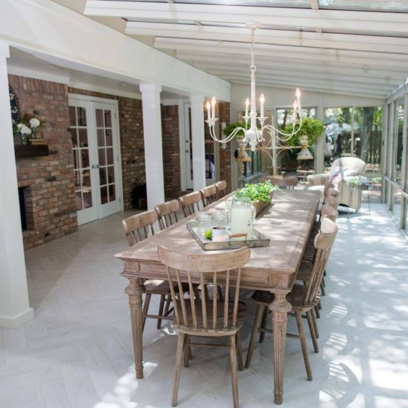 Fixer Upper formal dining room