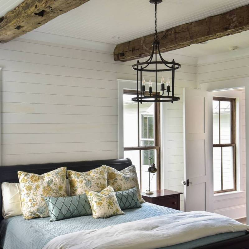 Country Farmhouse Classic Bedroom
