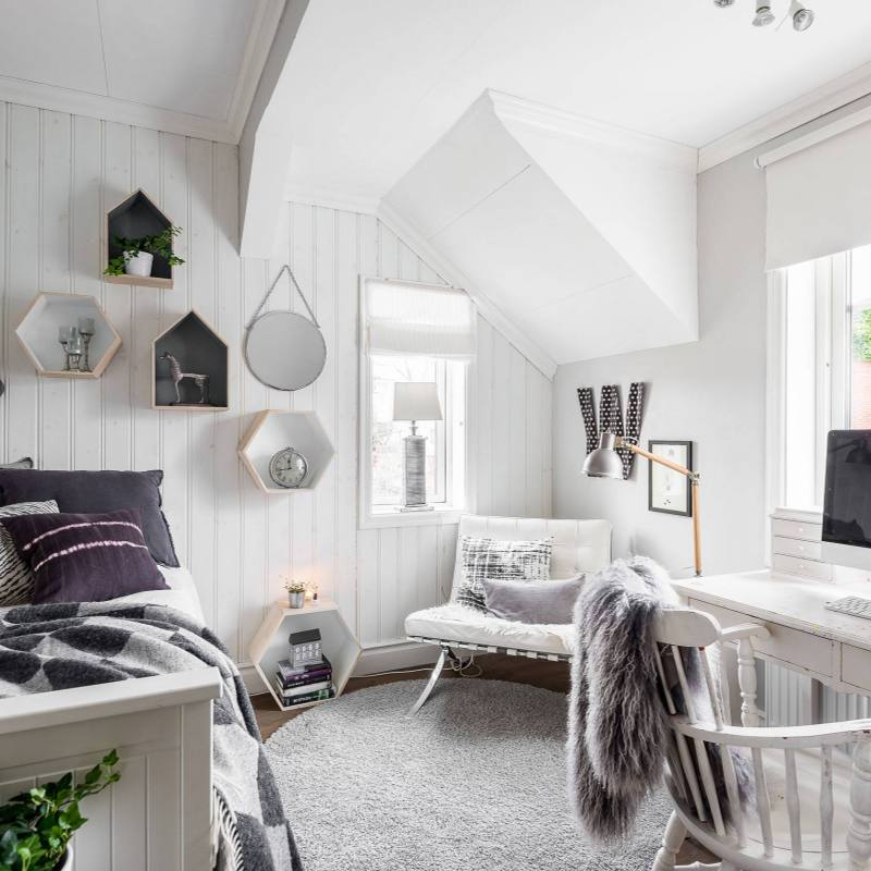 Cozy modern Scandinavian farmhouse Bedroom