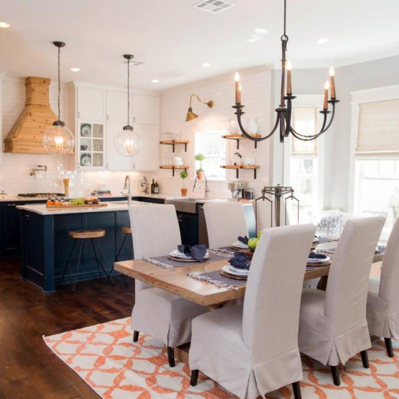 Fixer Upper Downs dining room