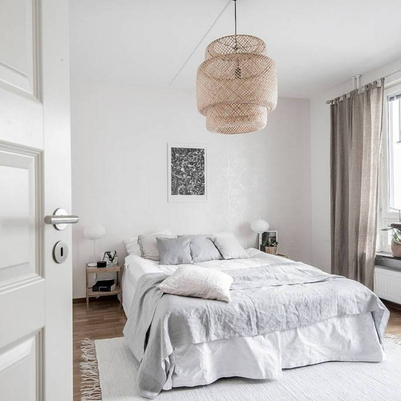 Simple cozy grey scandinavian bedroom