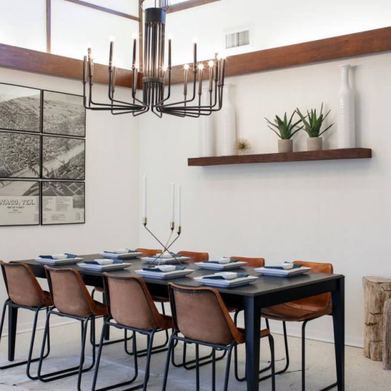 Fixer Upper Barrett dining room