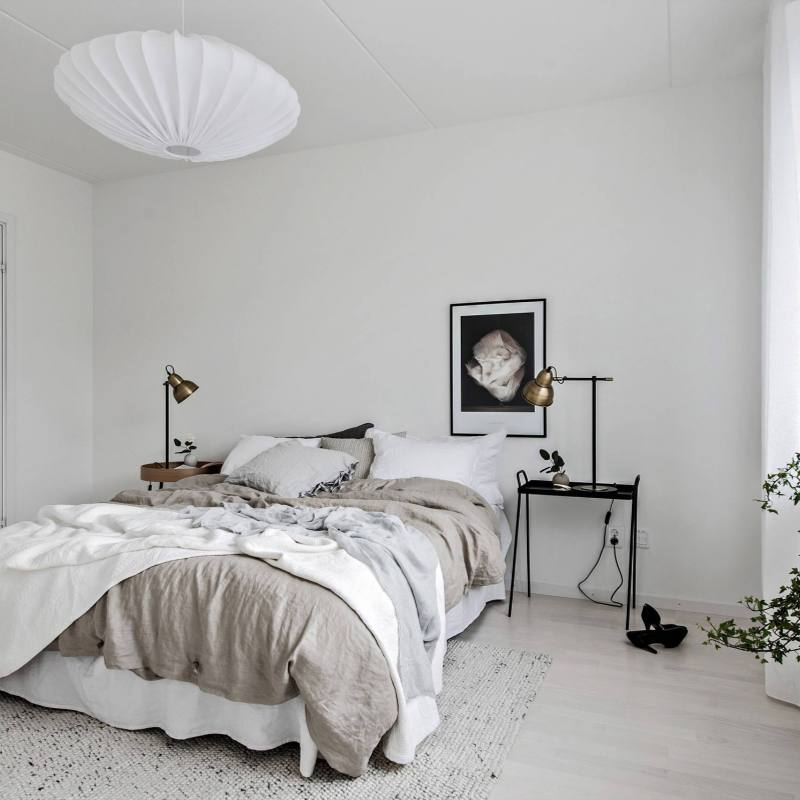 Rustic Scandinavian boho bedroom
