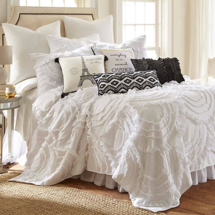 scalloped duvet