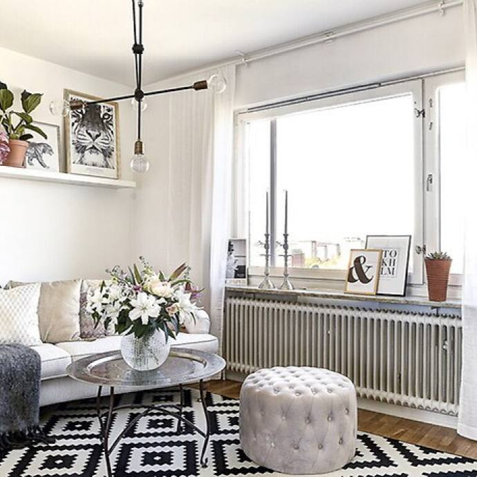 Eclectic small apartment living room