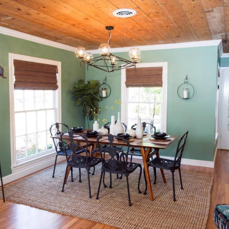 Fixer Upper Eggers dining room