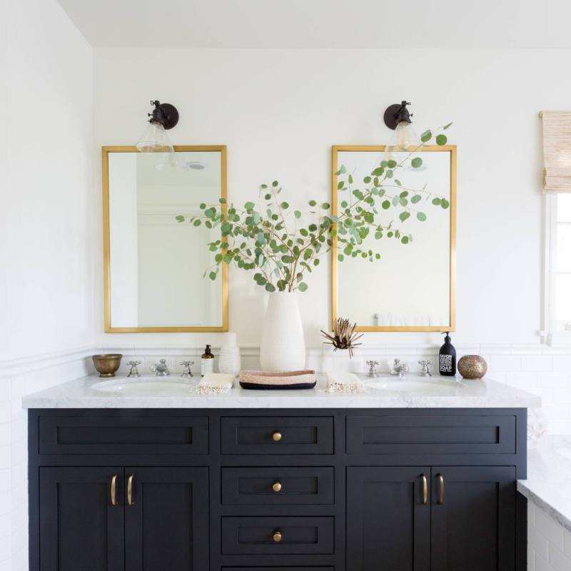 Modern Farmhouse Bathroom Paint Ideas