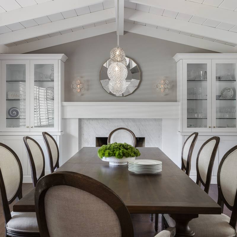 Traditional dining room by kimberley harrison
