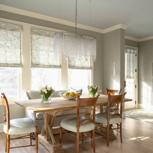 Cottage style dining room by Martha O