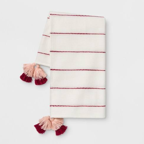 Striped Throw with Tassels Cream/Red - Opalhouse�