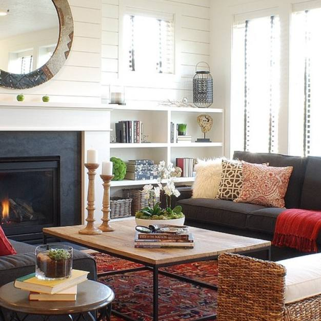 Country style farmhouse family room by Judith Balis Interiors